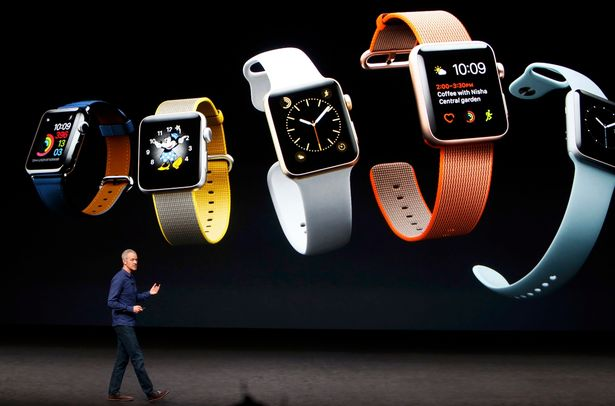 Jeff-Williams-discusses-the-Apple-Watch-Series-2-during-an-Apple-media-event-in-San-Francisco